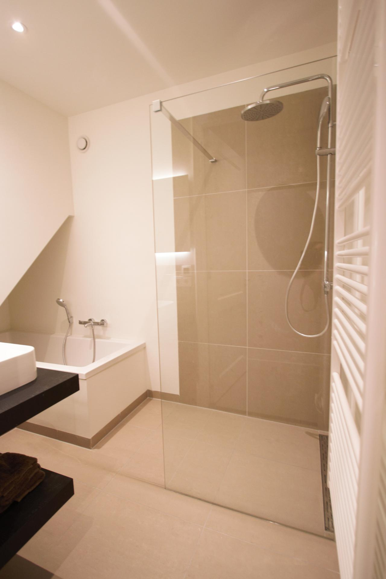 Shower at Frederiks Square Serviced Apartments, Amsterdam