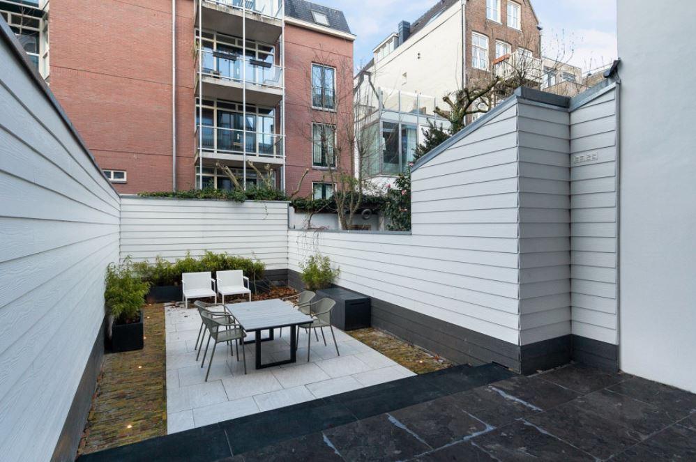 Garden at Frederiks Square Serviced Apartments, Amsterdam