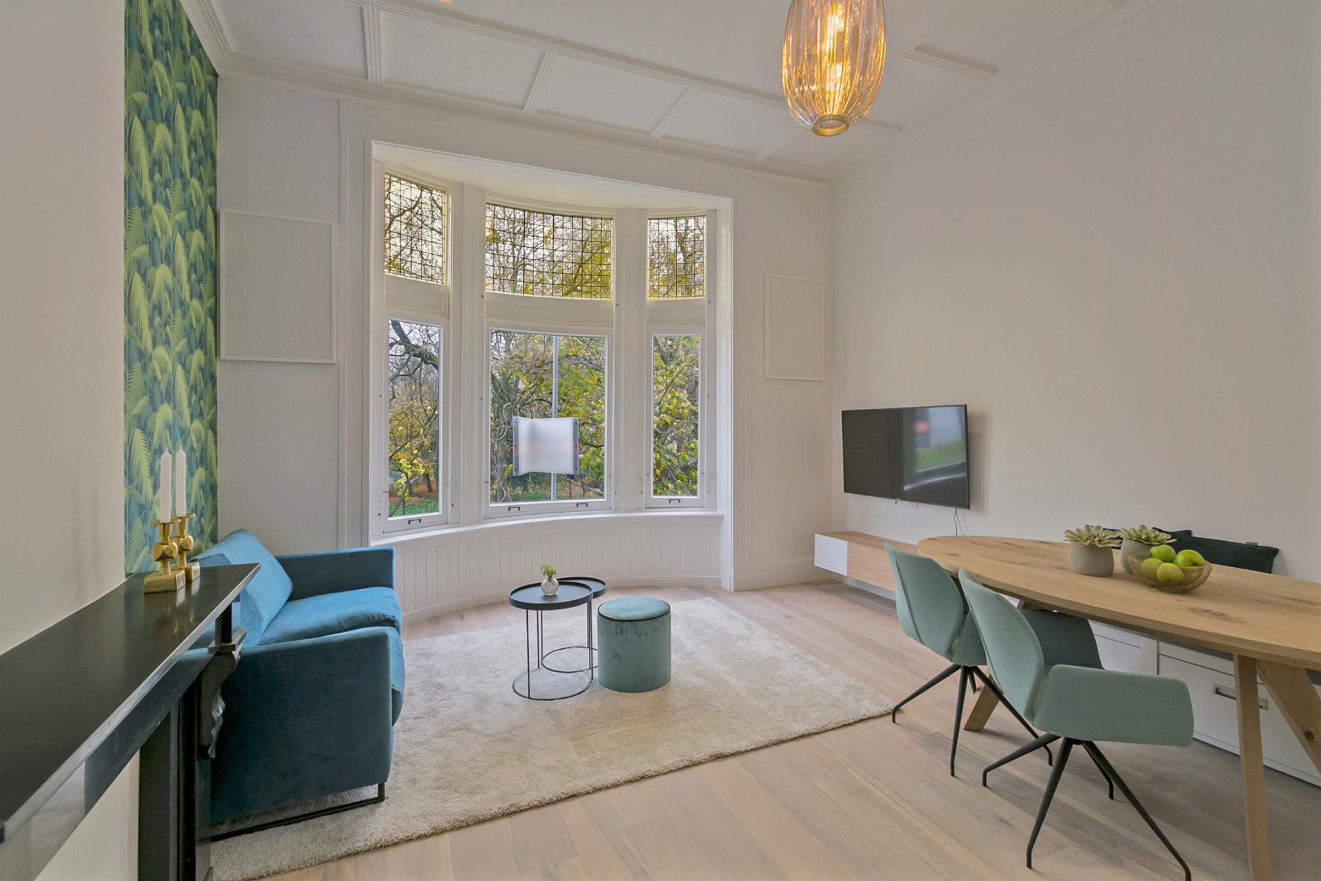 Light living area at Frederiks Square Serviced Apartments, Centre, Amsterdam