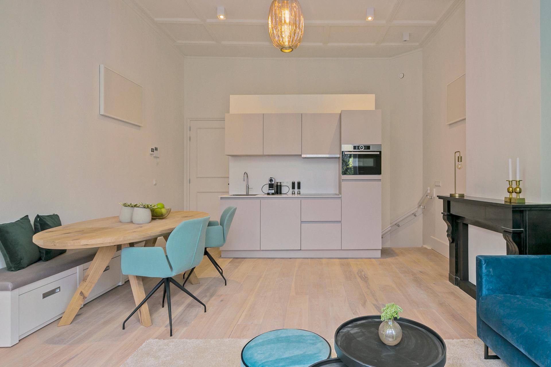 Open plan at Frederiks Square Serviced Apartments, Centre, Amsterdam