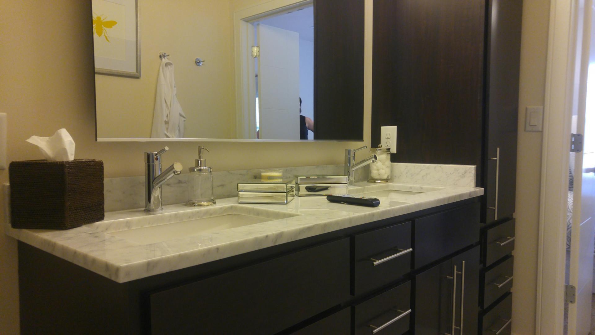 Bathroom at Vanguard Heights Apartments