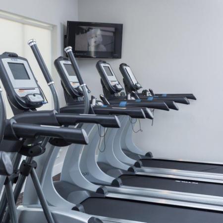 Gym facilities at Vanguard Heights Apartments