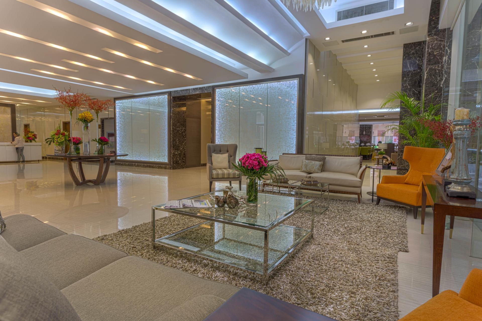 Lobby at Valero Grand Suites