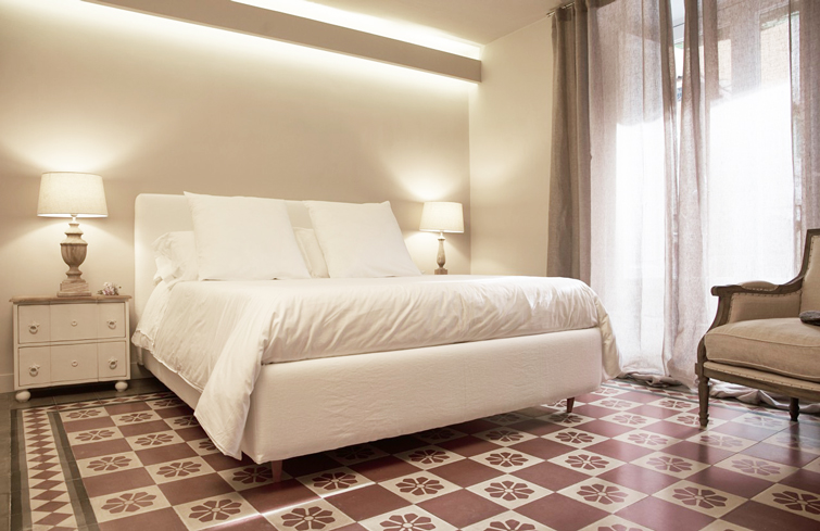double bed at Piazzo Trento Apartments