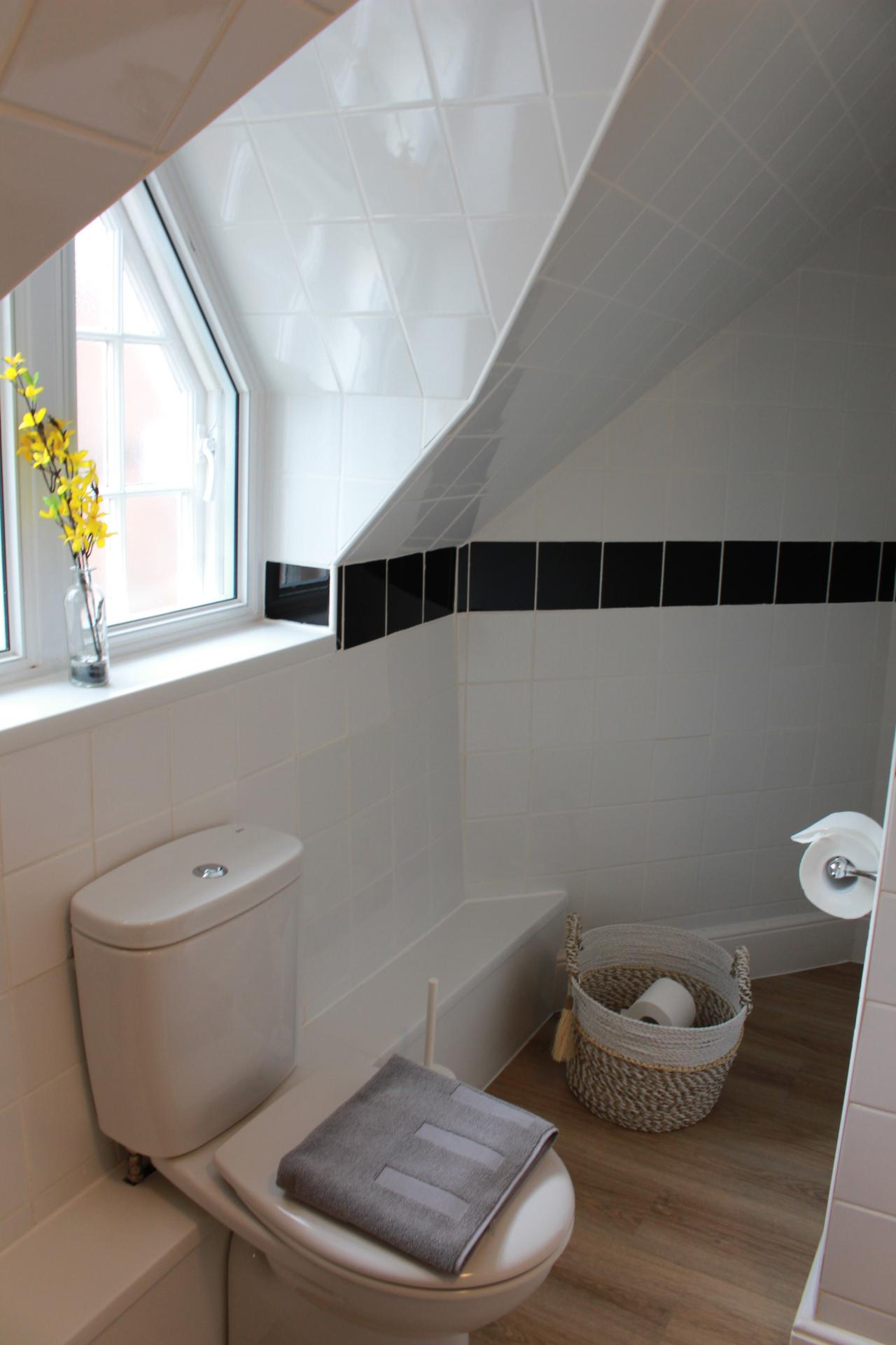 Toilet at Chilton Serviced Apartments