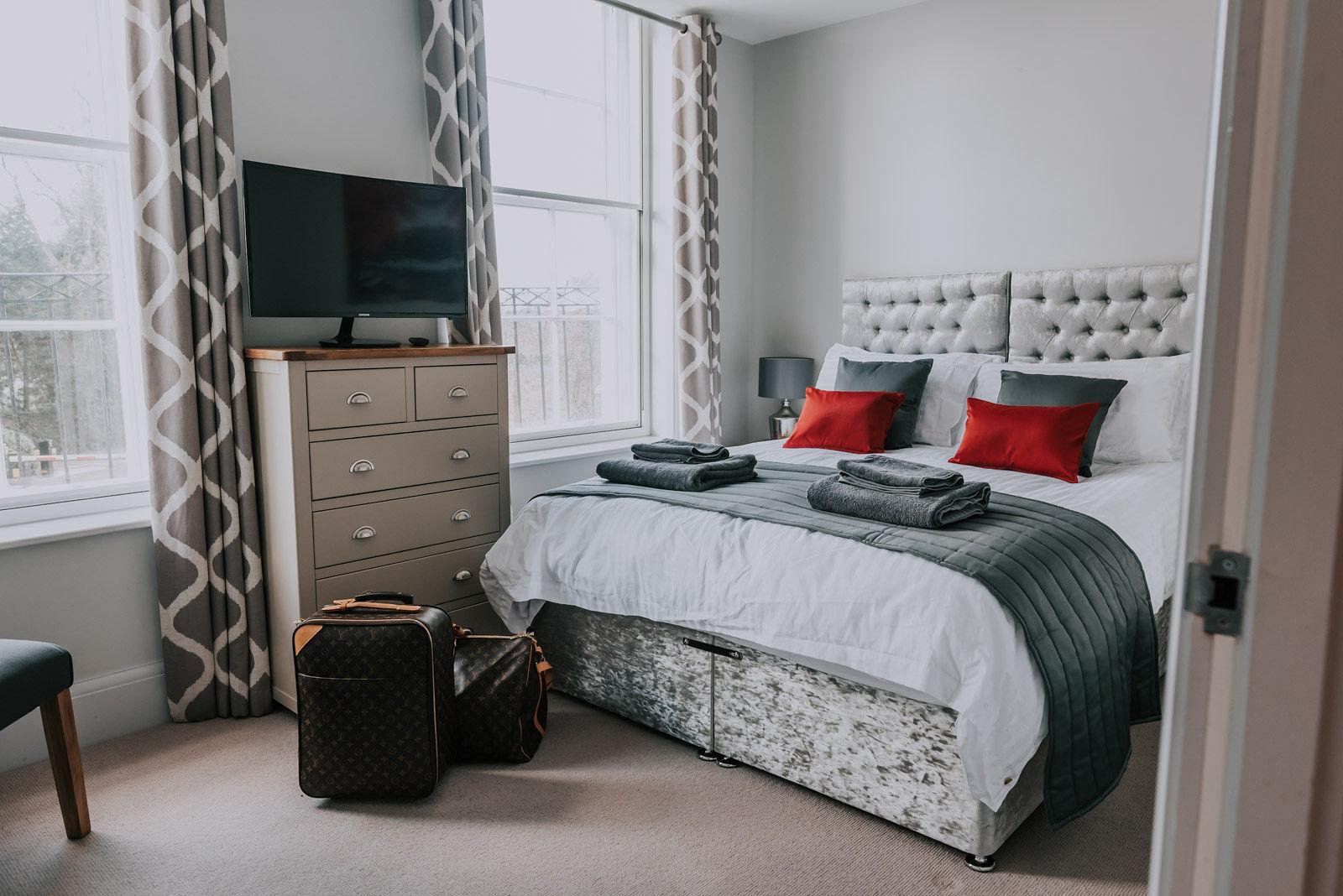 Modern bedroom at Cavendish House