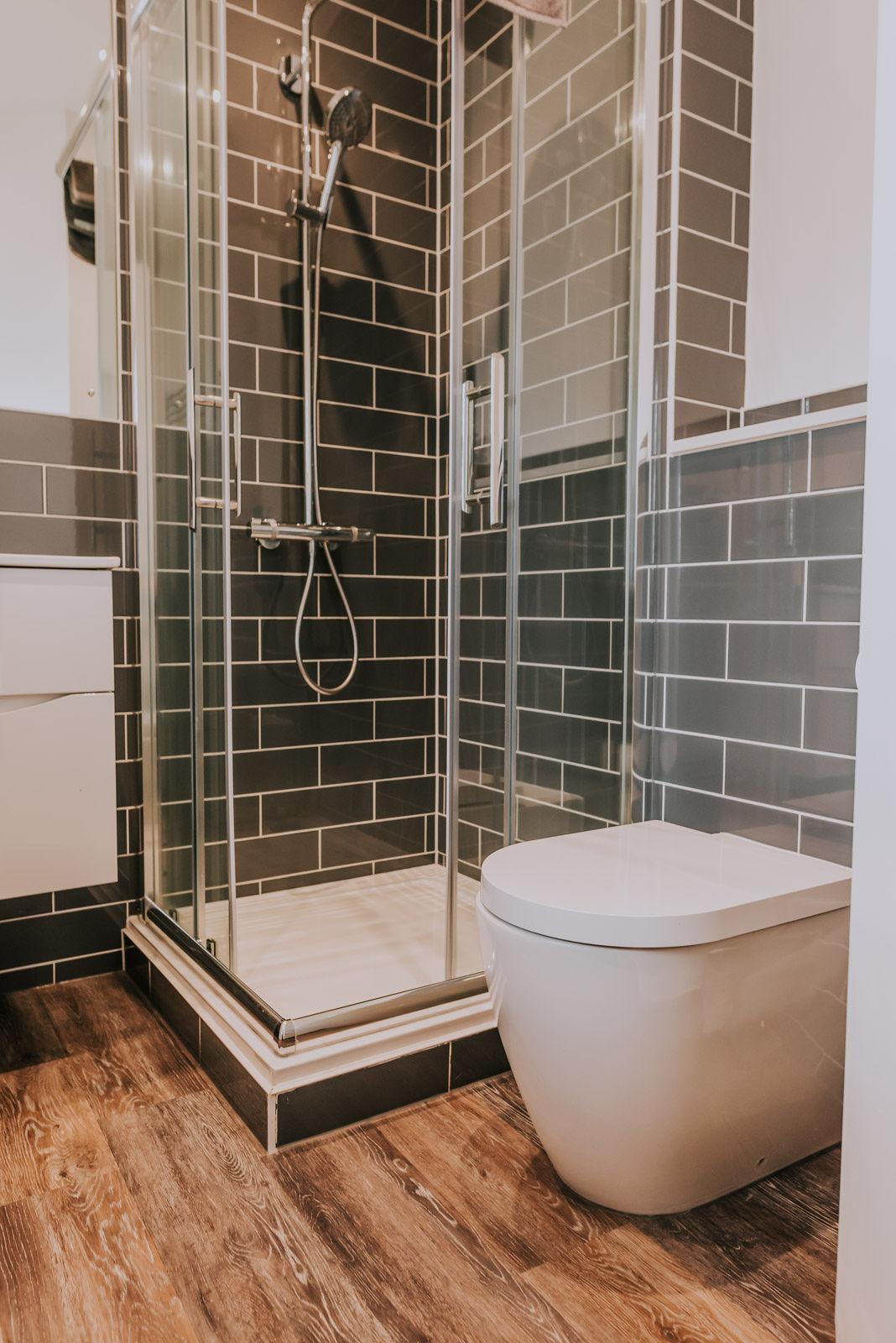 Modern shower at Cavendish House