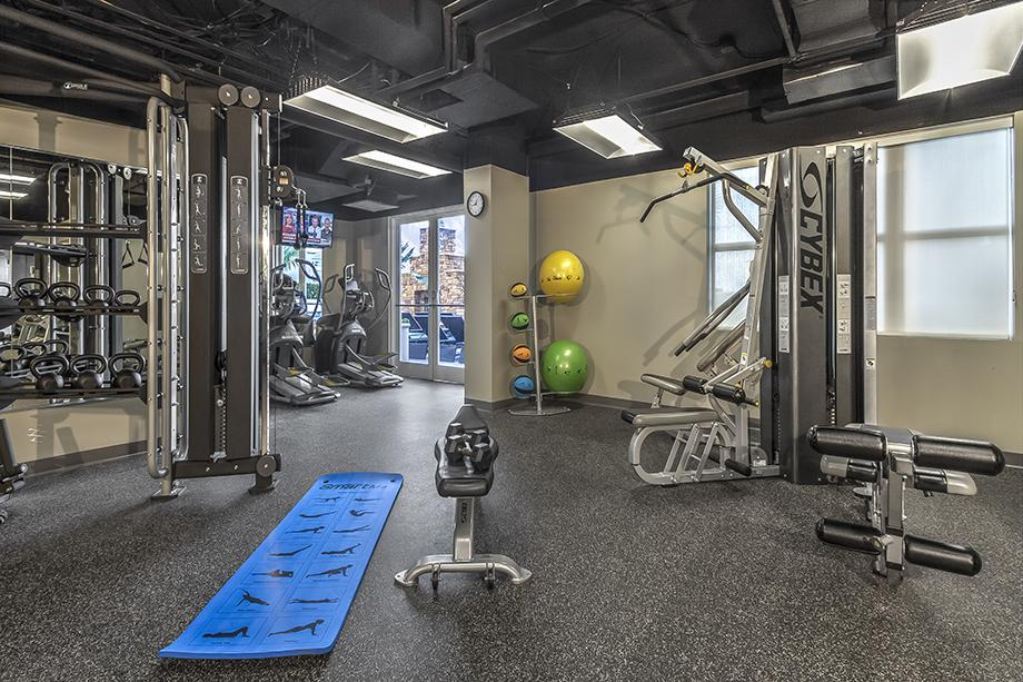 Fitness Centre at Camden Grandview Apartment