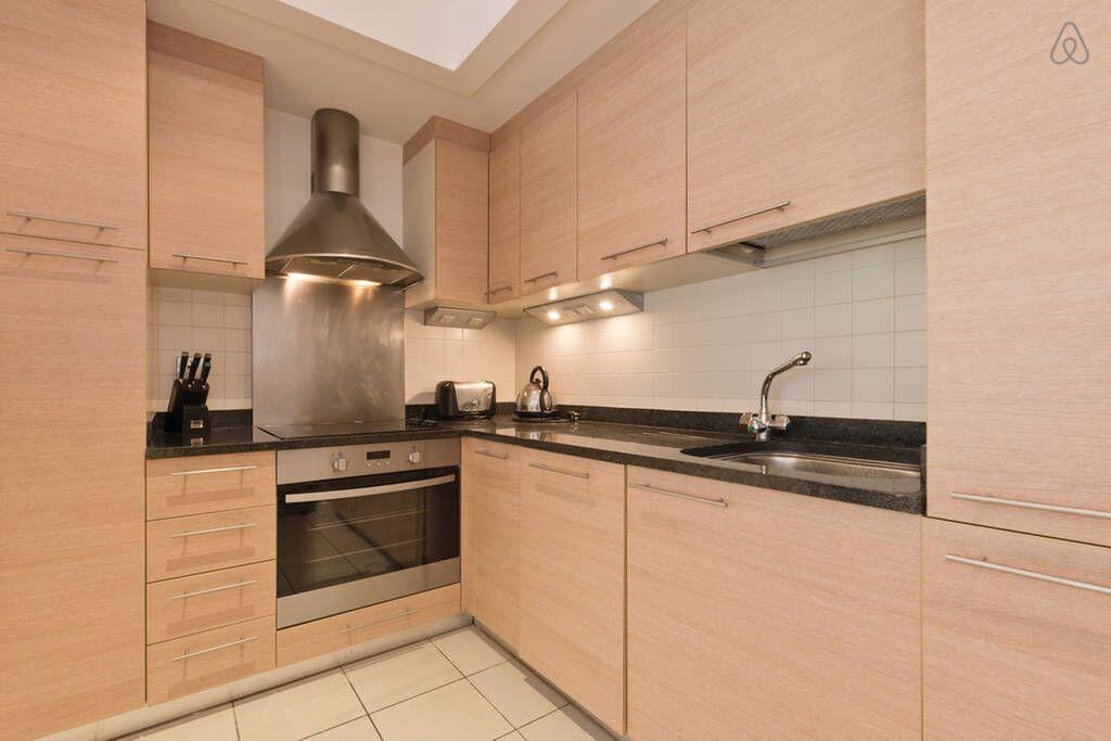 Kitchen at Hanover Dock Apartments