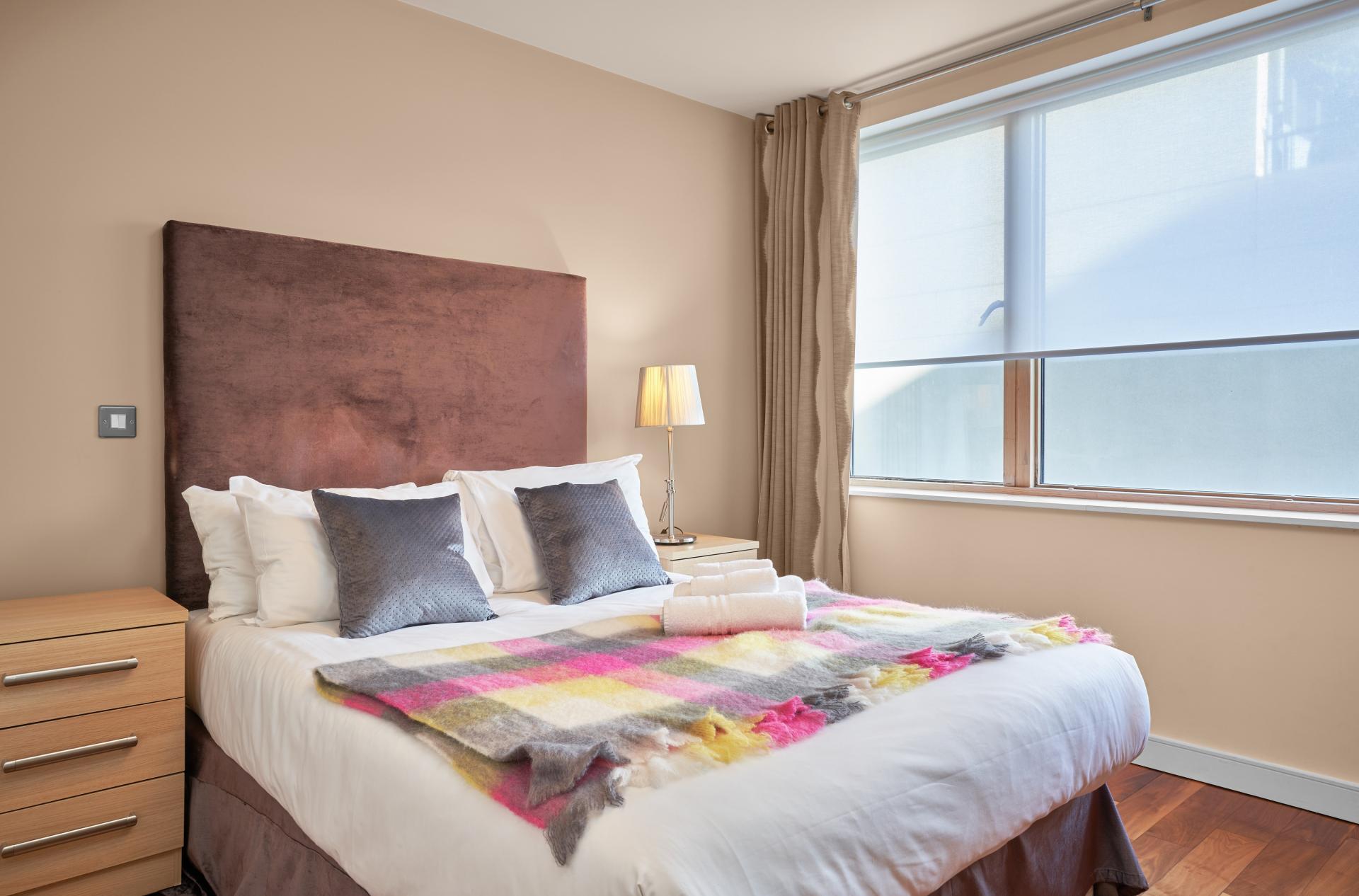 Bedding at Hanover Dock Apartments