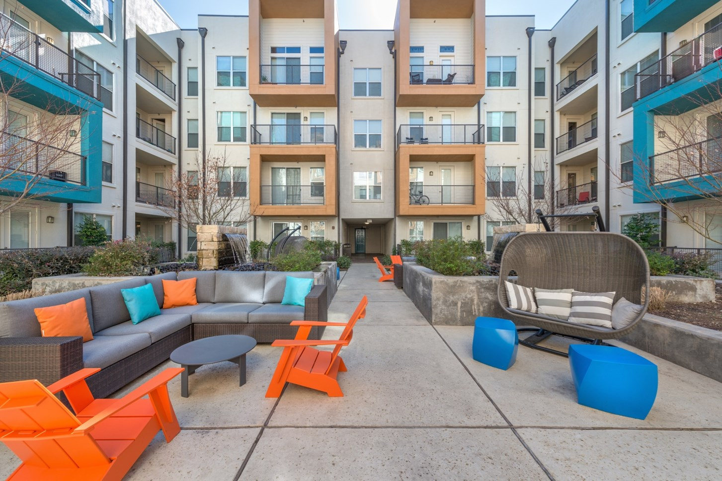 Outdoor Lounge at Vibe Medical District Apartment