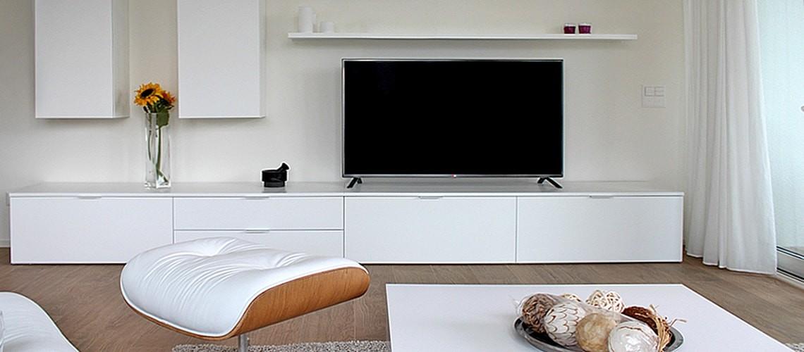 TV at Smart Living Lugano Apartments