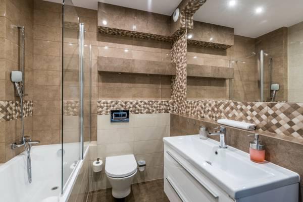 Bath at Sikorskiego Apartments