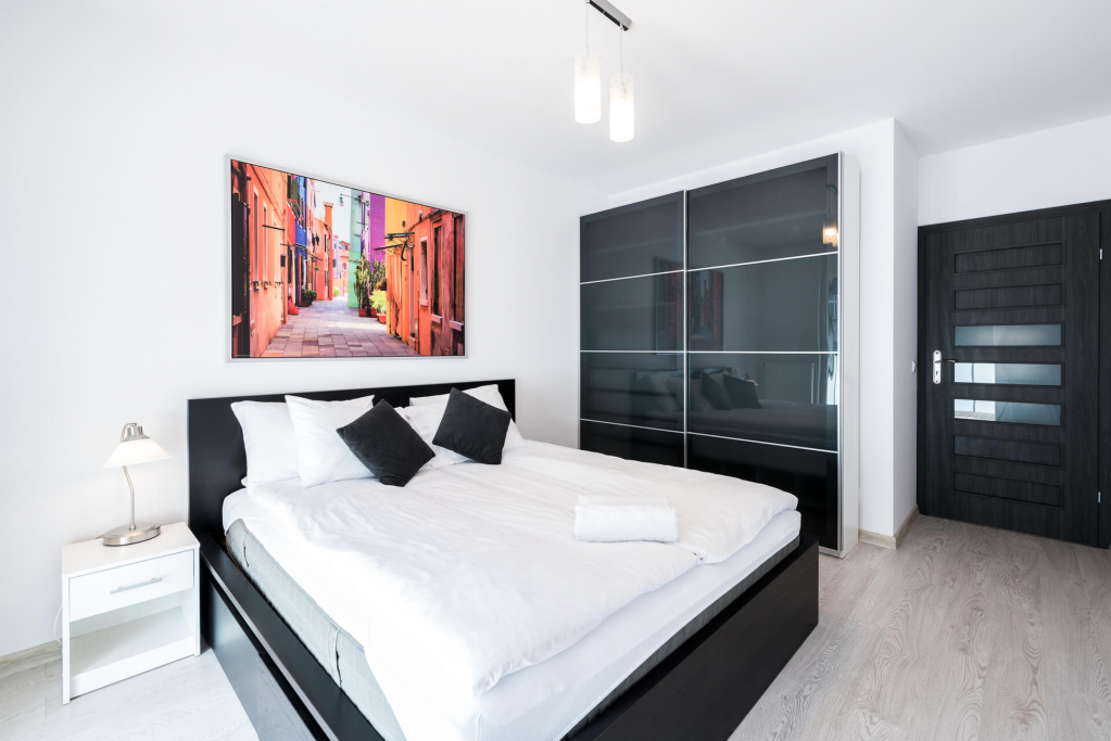 Double bed at Sikorskiego Apartments