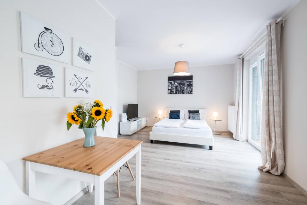 Spacious bedroom at Sikorskiego Apartments