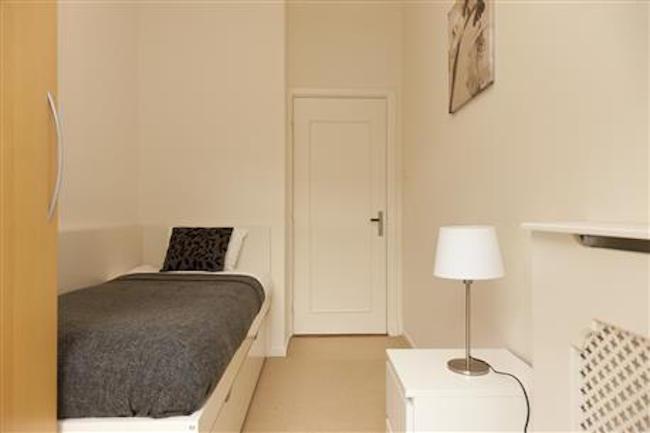 Single bed at Royal Nassau Apartment