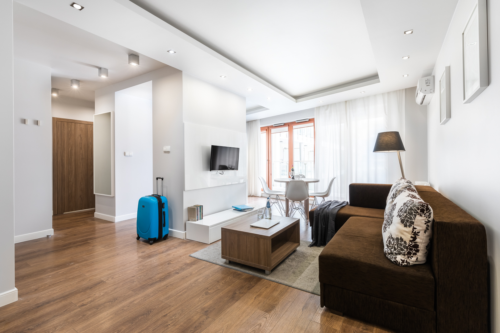Suitcase at Wronia Serviced Apartments
