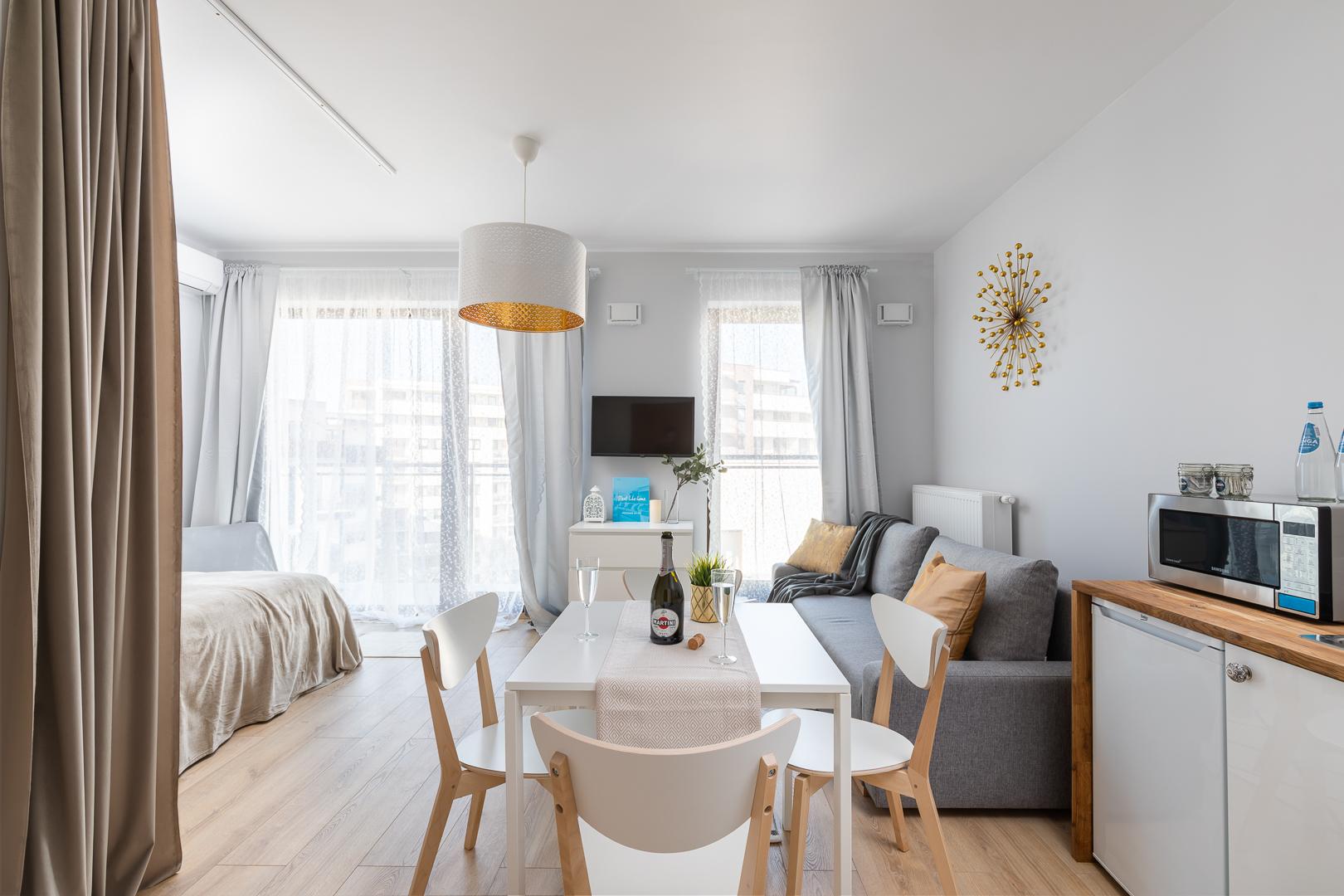 Spacious studio at Burakowska Apartments