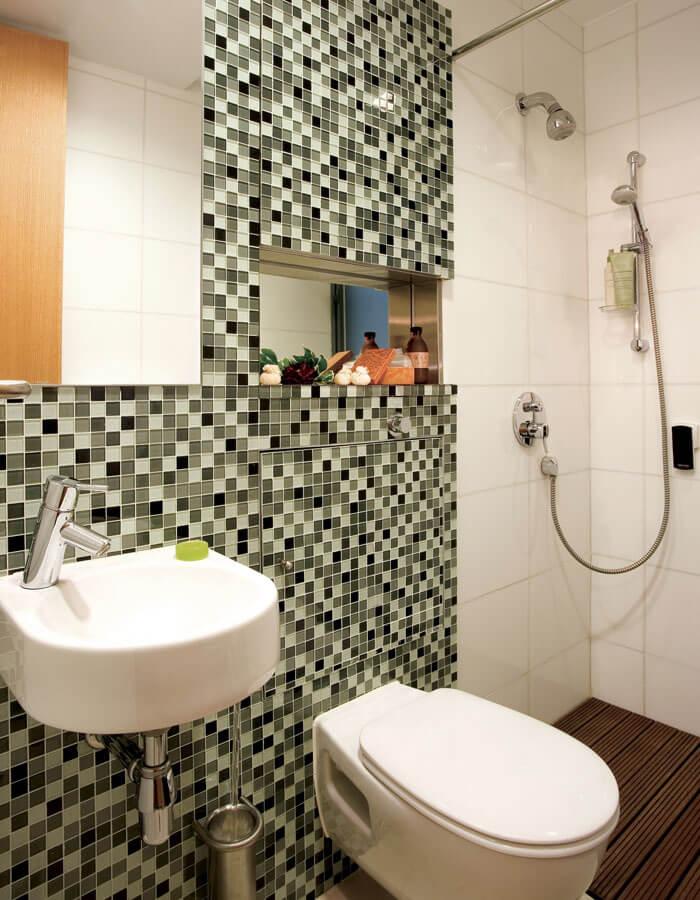 Bathroom at Hollywood Serviced Apartments