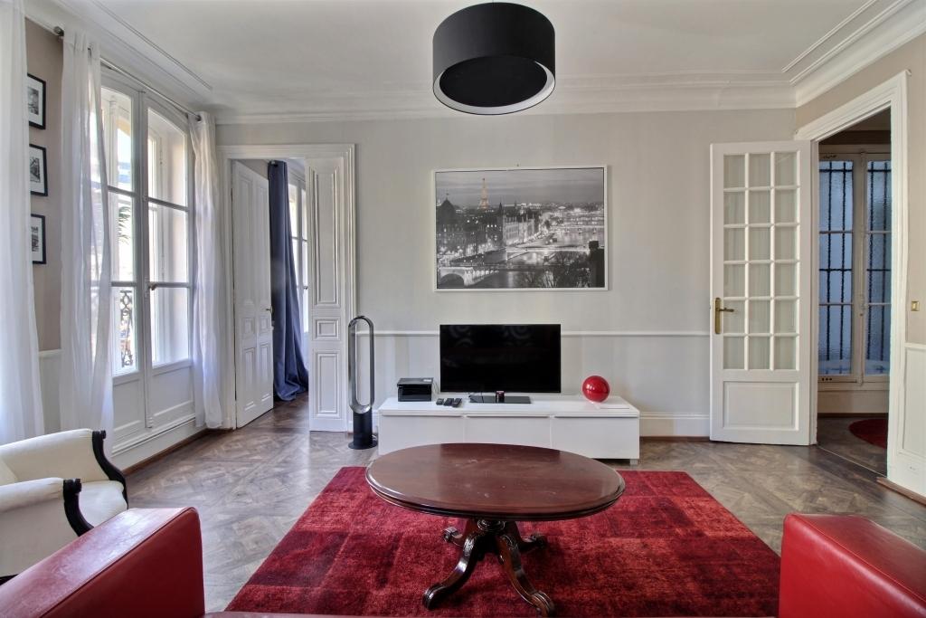 TV at Lerivoli Apartment