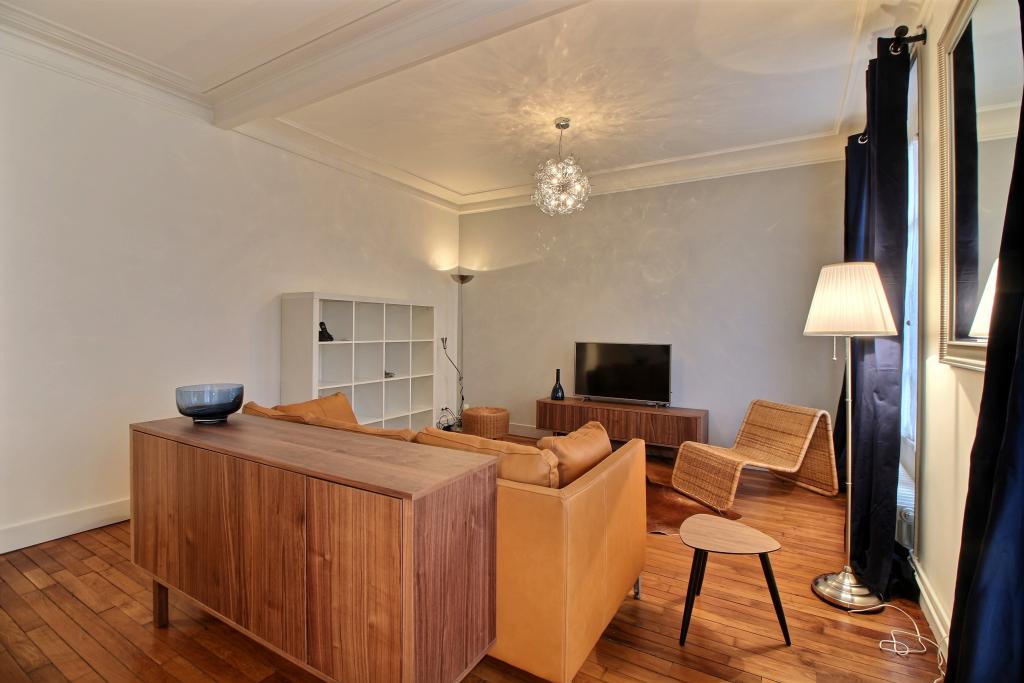 Lounge area at Lebaron Apartment