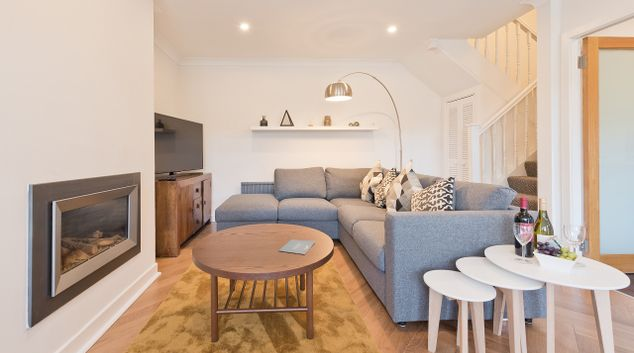 Living room at Lansdowne House Apartment
