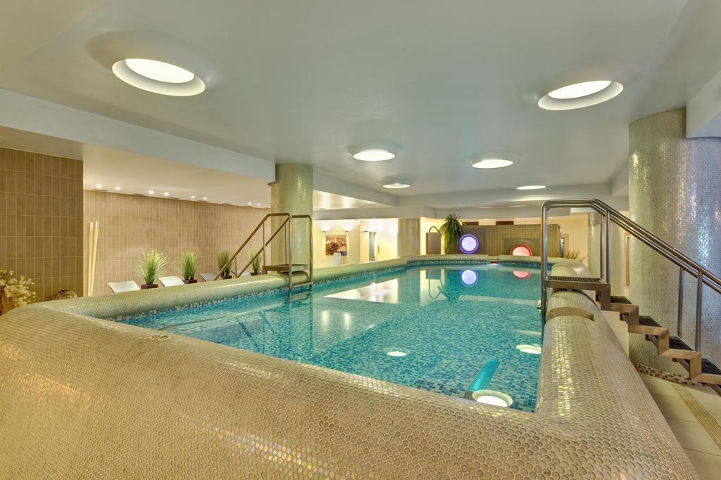 Pool at Mamaison All-Suites Spa Hotel Pokrovka