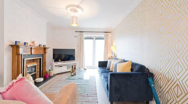 Living room at Lansdowne Square Apartment