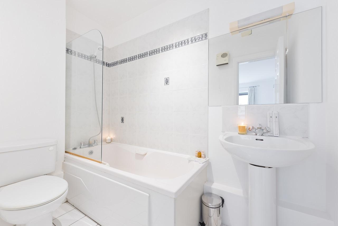 Bathroom at Lansdowne Square Apartment