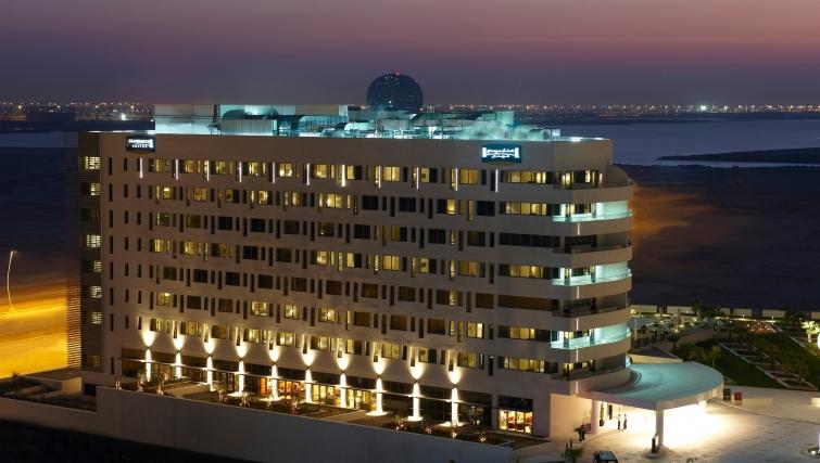 Exterior of Staybridge Suites Abu Dhabi - Yas Island