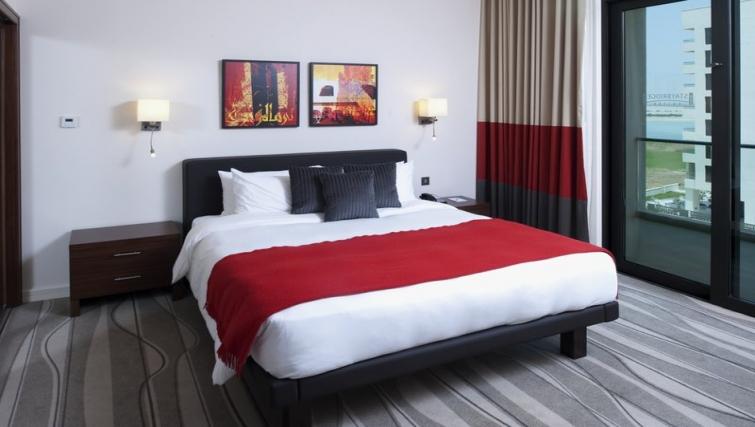 Large bedroom in Staybridge Suites Abu Dhabi - Yas Island