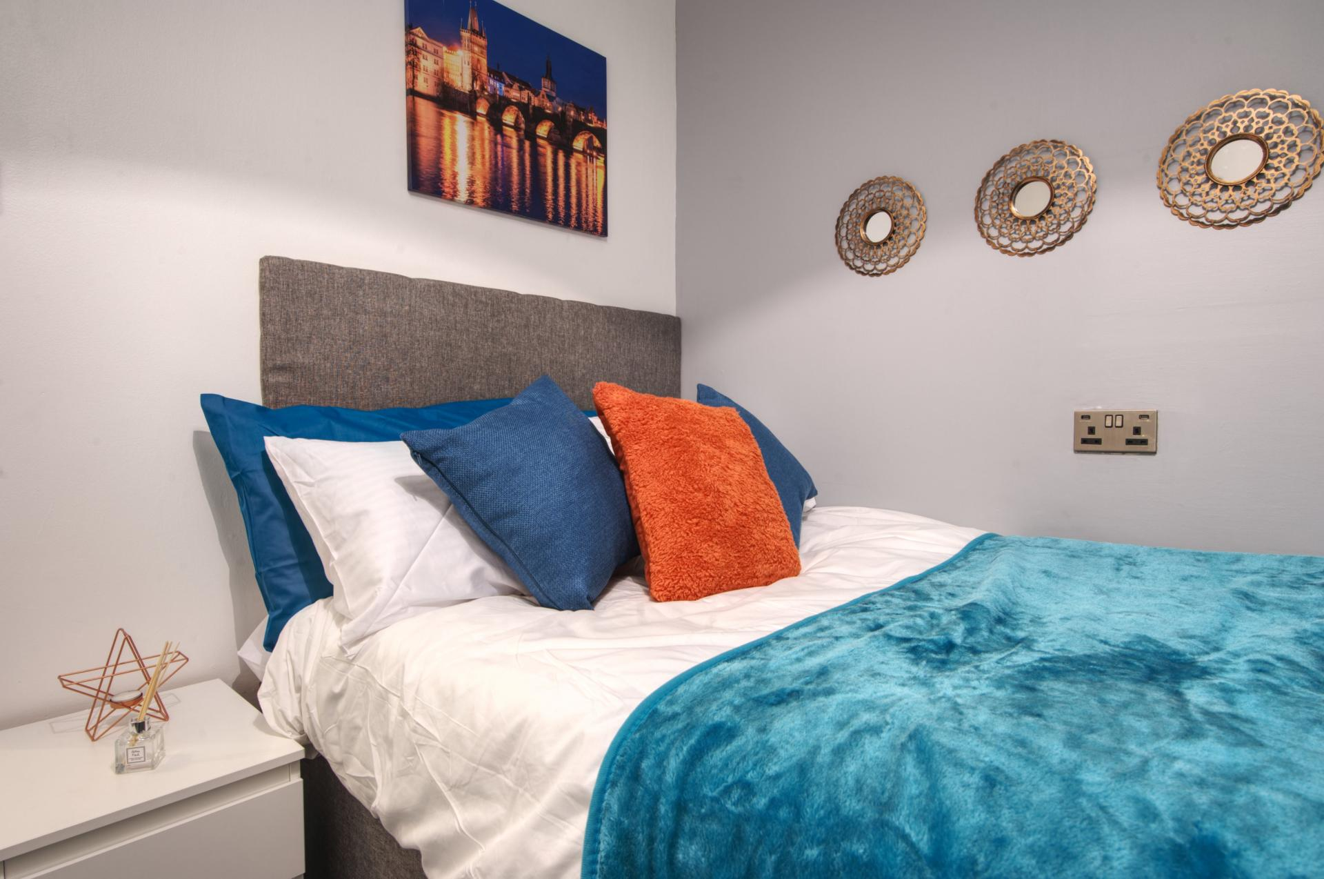 Bedroom at Langton House Apartments
