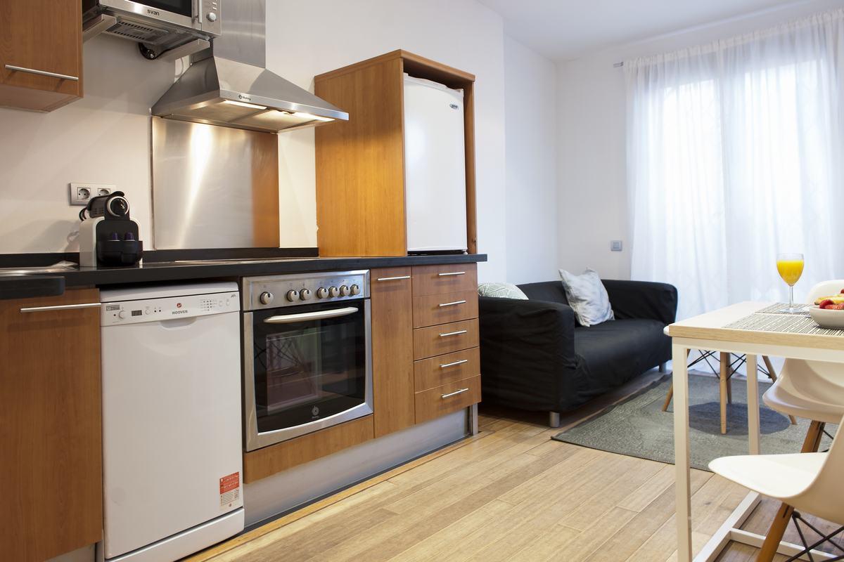 Kitchen facilities at MH Apartments Princesa