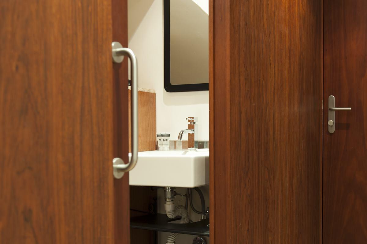Sink at MH Apartments Princesa