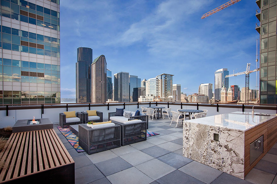Rooftop Terrace at Broadstone Saxton Apartment