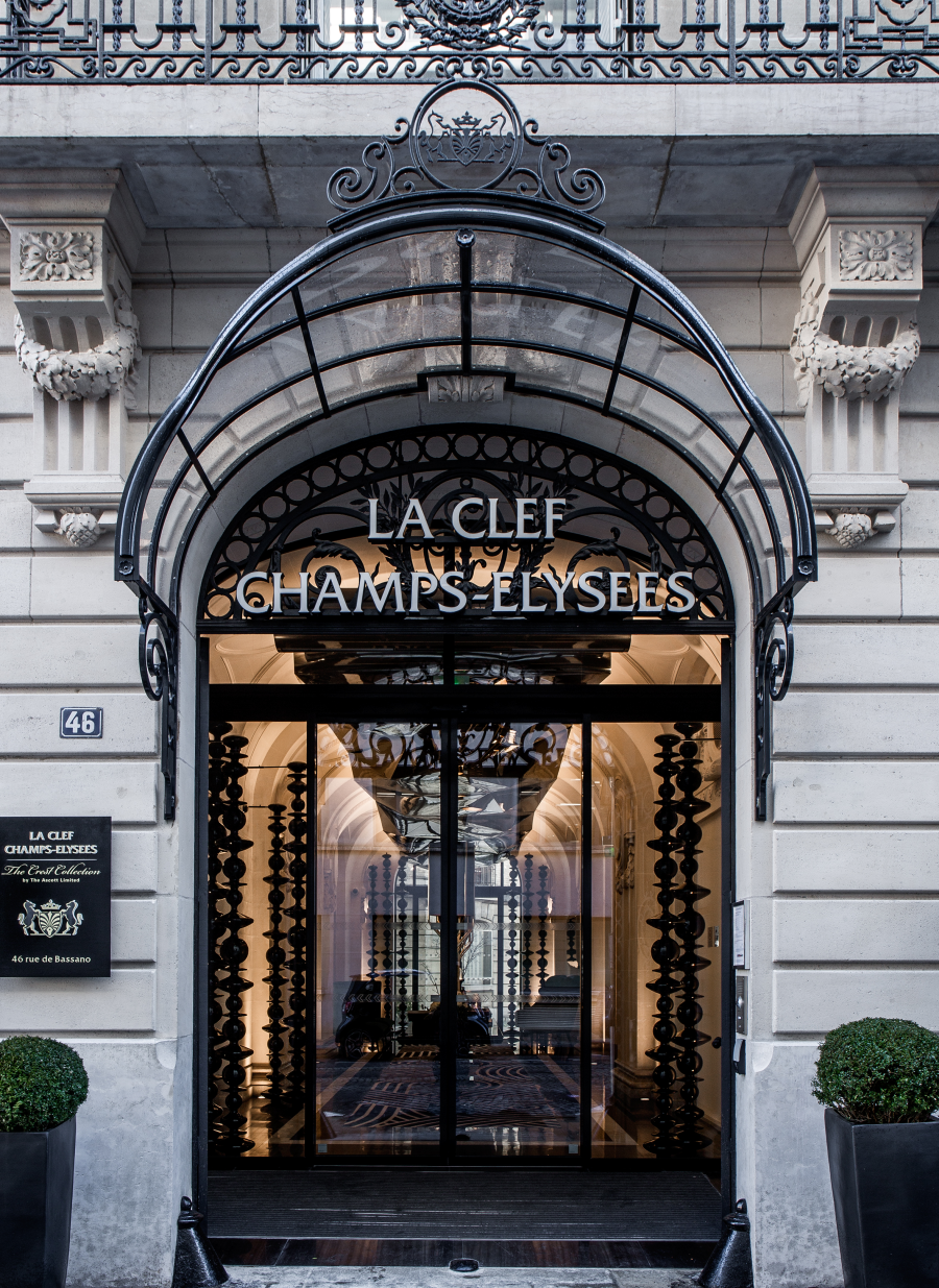Entrance at La Clef Champs-Elysées Apartments, Chaillot, Paris