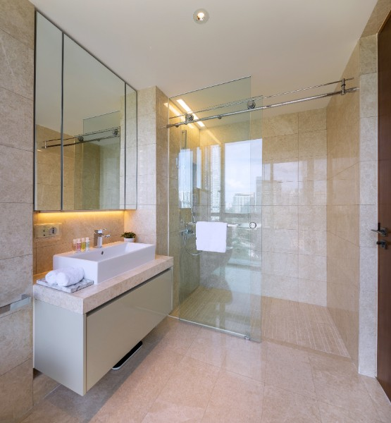 Shower at Fraser Residence Orchard Apartments, Singapore