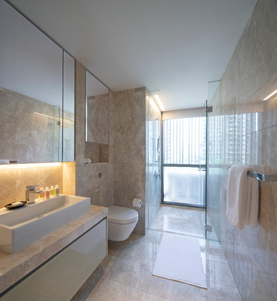 Modern bedroom at Fraser Residence Orchard Apartments, Singapore