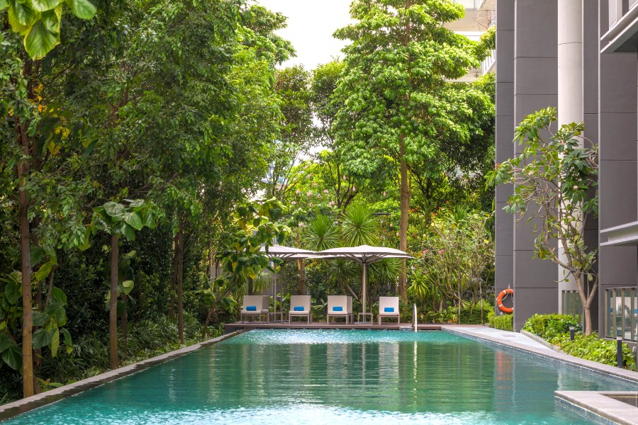 Pool at Fraser Residence Orchard Apartments, Singapore