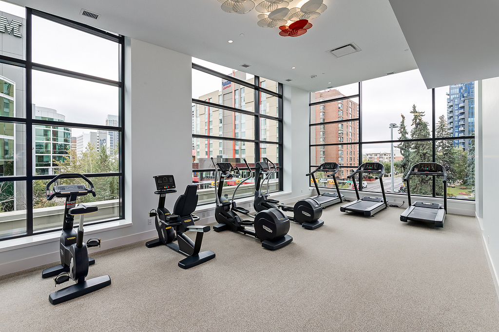 Gym at Park Point Apartment