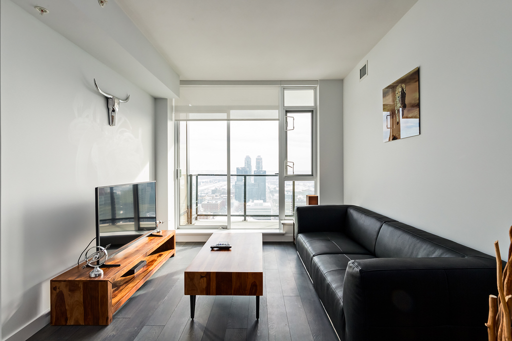 Living room at Park Point Apartment
