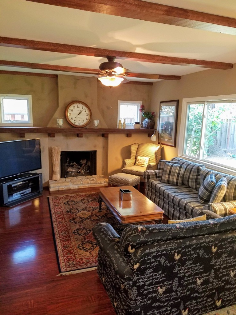 Open Plan Living Room at Hawthorne Townhouse