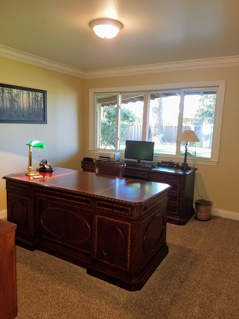 Office at Hawthorne Townhouse
