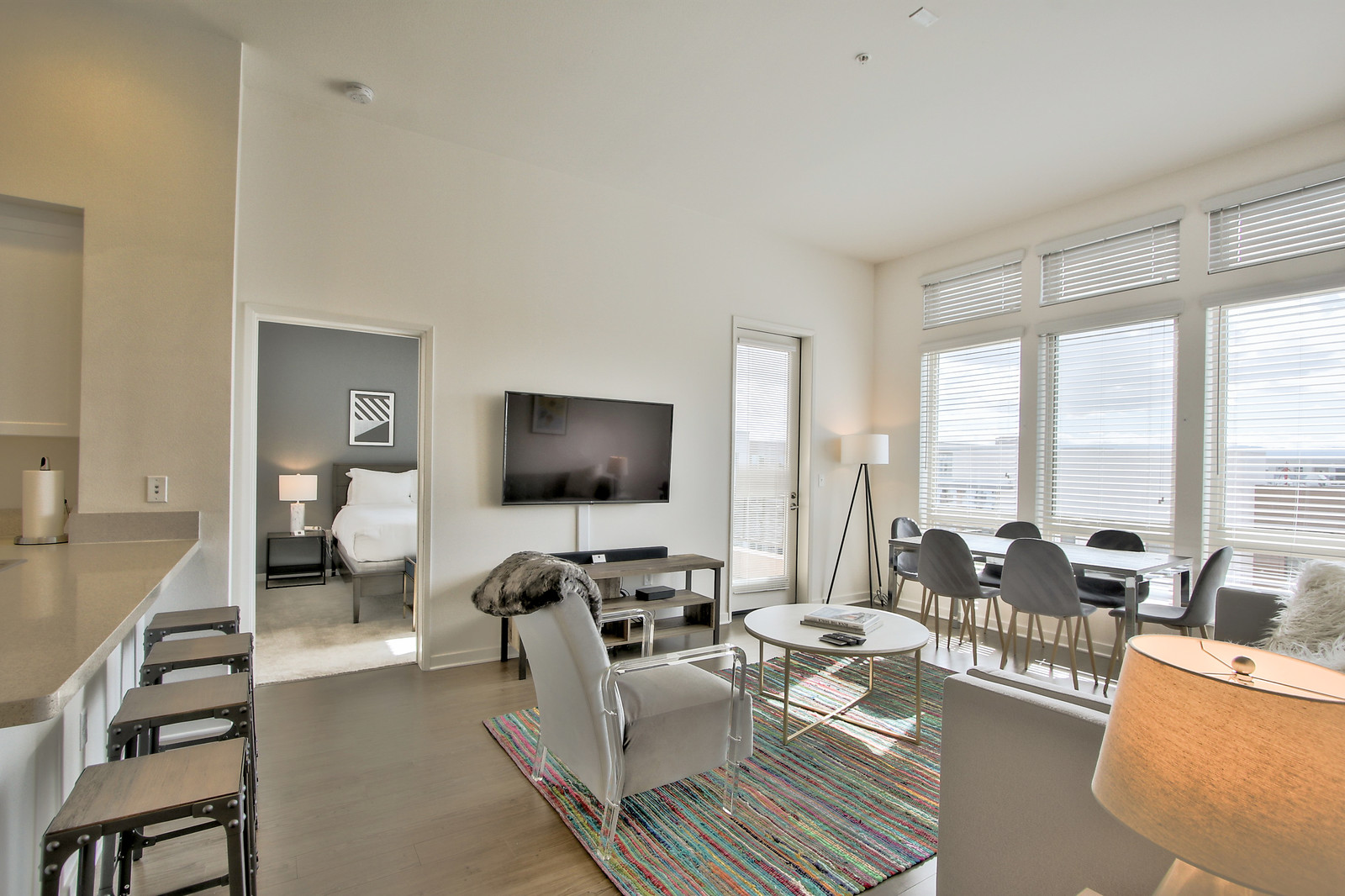 Stylish living area at River View Apartment Homes