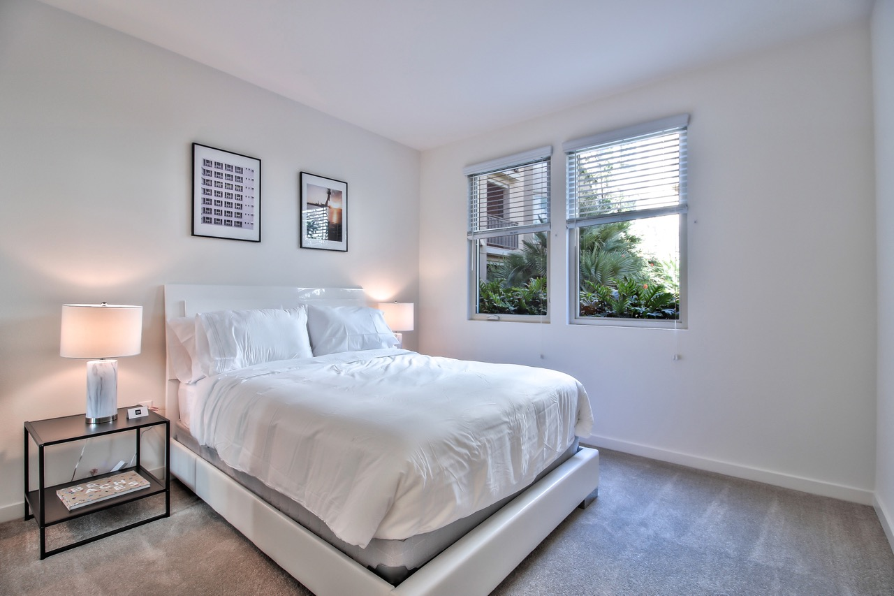 Bedroom at River View Apartment Homes