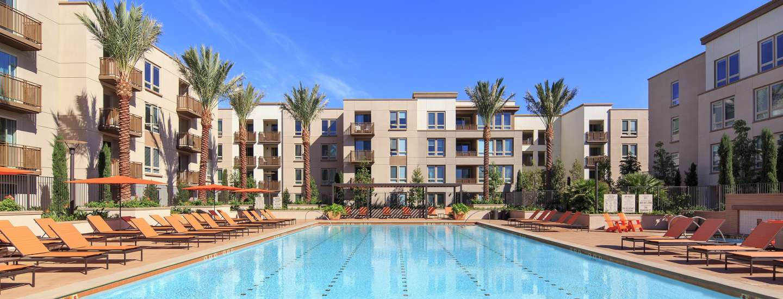 Pool at River View Apartment Homes