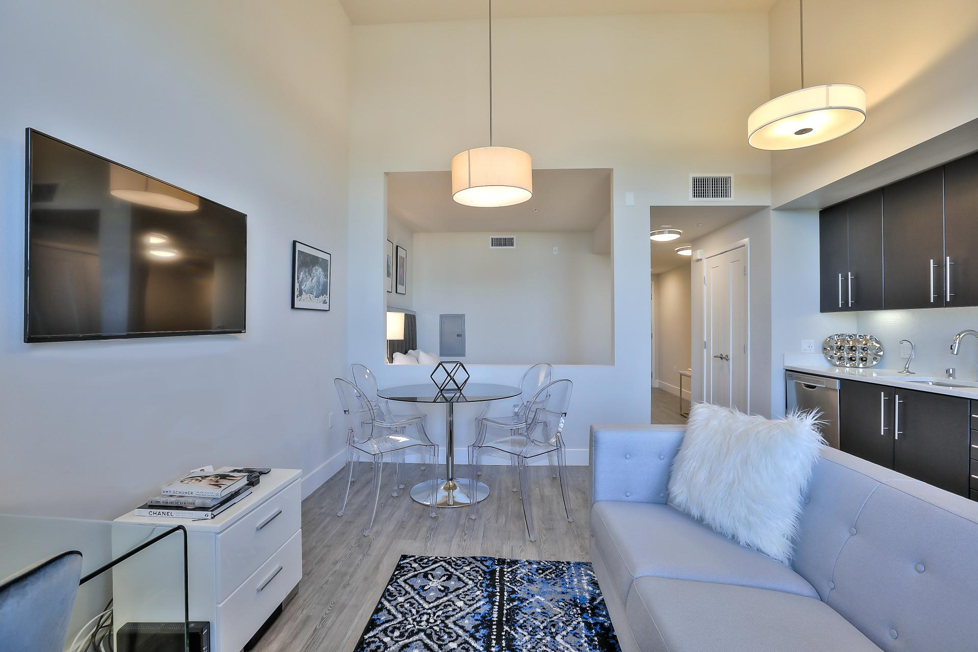 Modern lounge at Franklin 299 Apartments