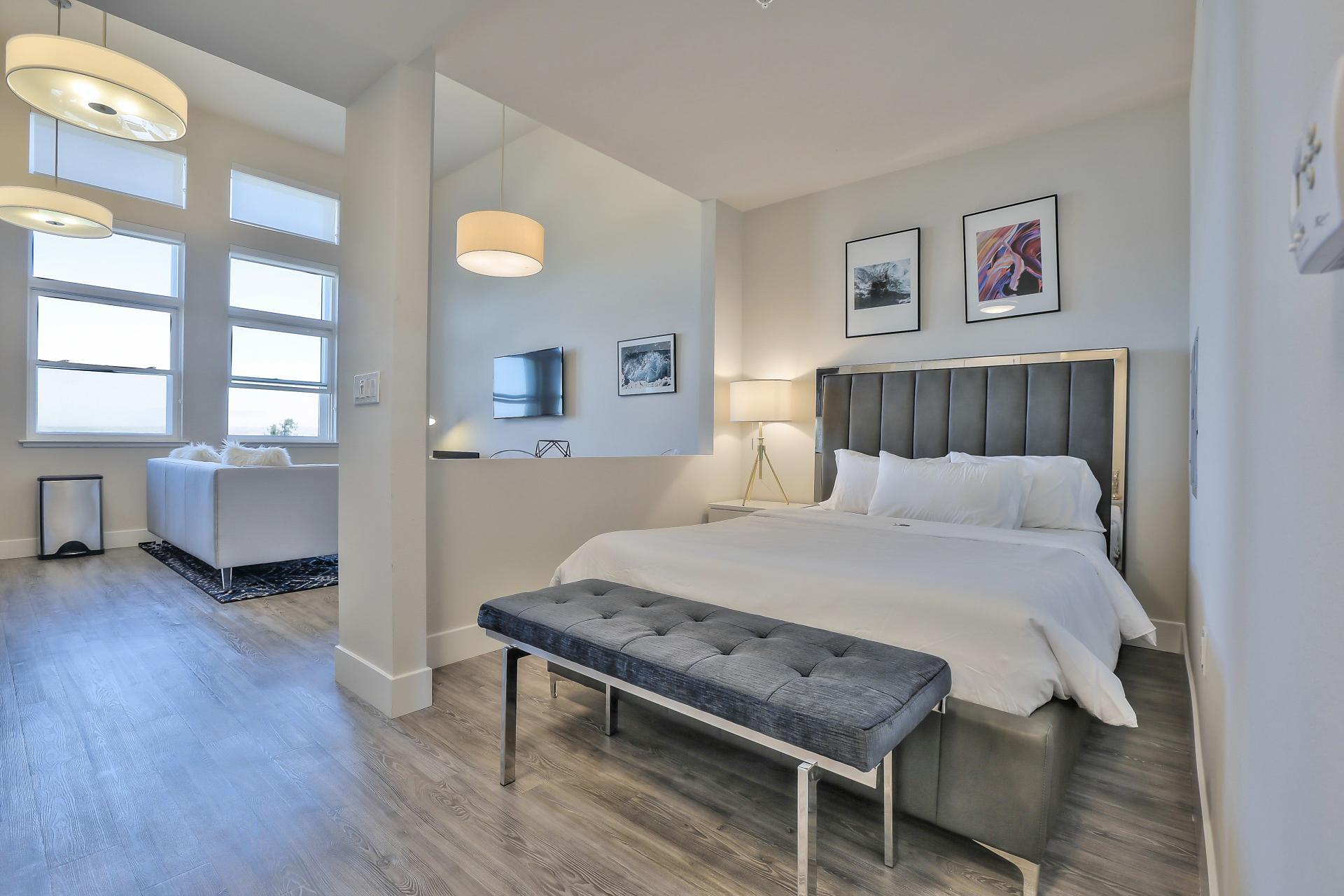 Bedroom at Franklin 299 Apartments