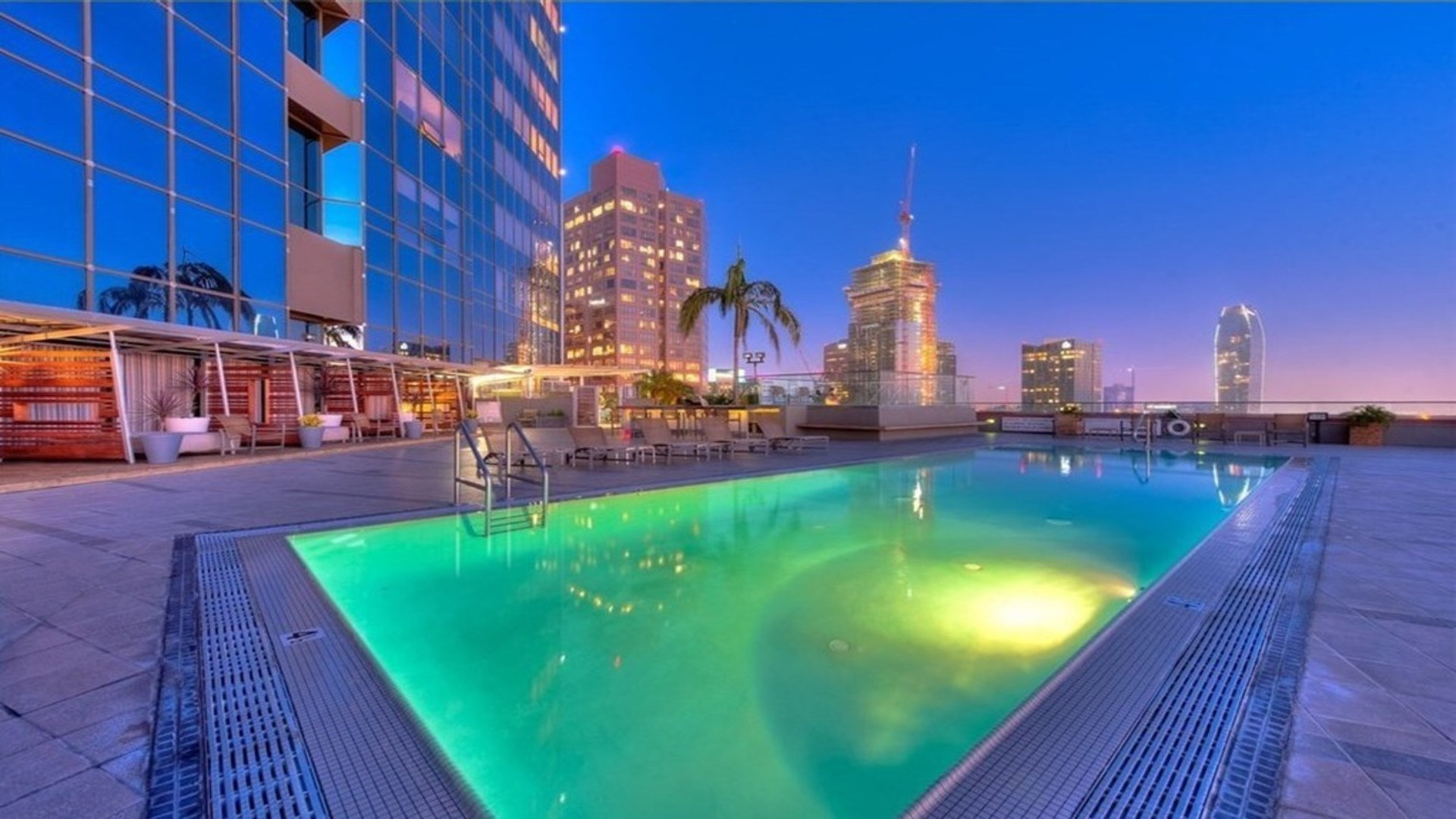 Pool area at 1100 Wilshire Apartment