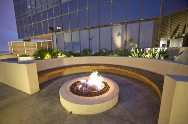 Fire pit at 1100 Wilshire Apartment